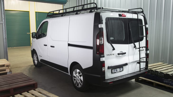 Renault Trafic dci140 LT2-54