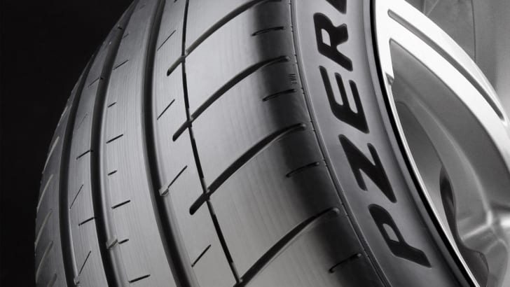 Pirelli-PZero-Dragon-Sport-Launch-120
