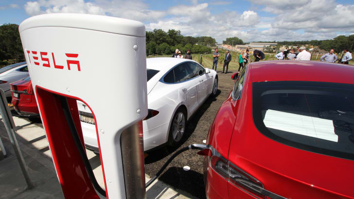 tesla_supercharger_port-macquarie_04
