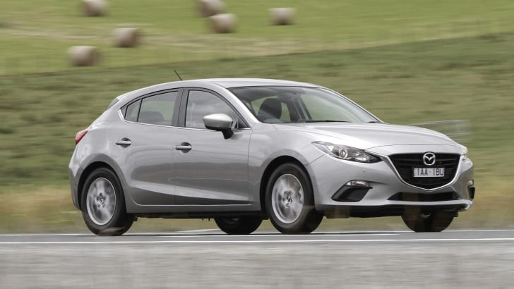 2014 Mazda 3 Hatch - Driving 2