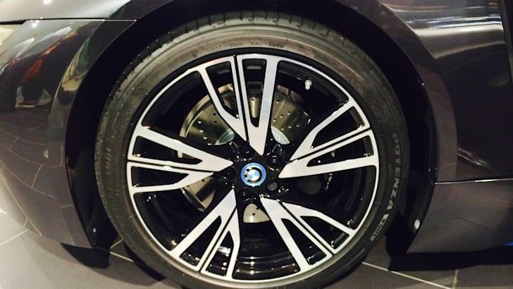 BMW i8 5