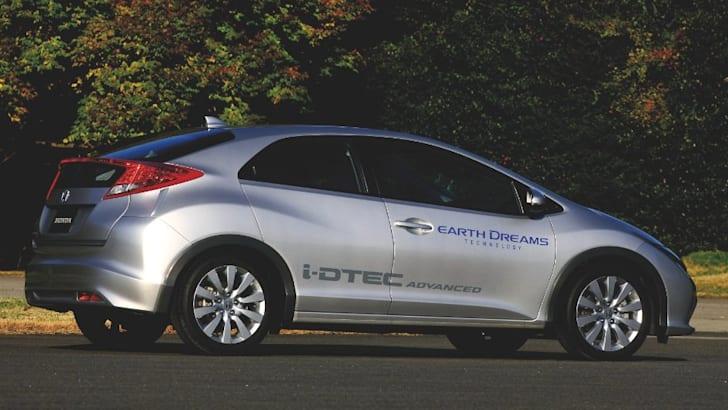Honda Civic i-DTEC - 1
