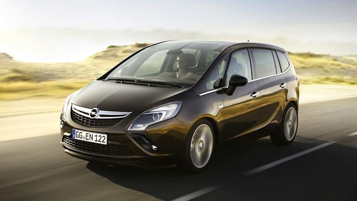 Opel-Zafira-Tourer-1