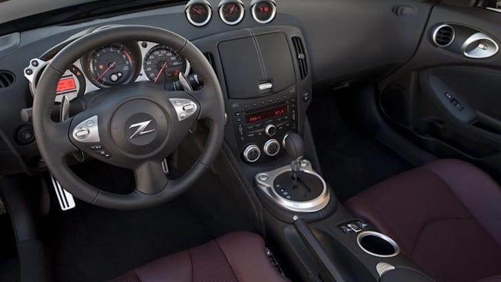 2010 Nissan 370Z Roadster first details