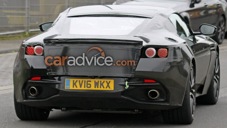 aston-martin-vantage-spy-11-rear