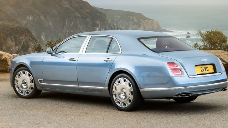 bentley-mulsanne-rear