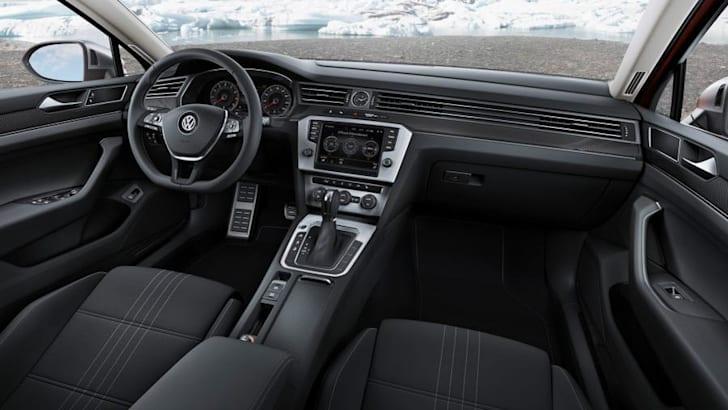 VW-Passat-Alltrack-13