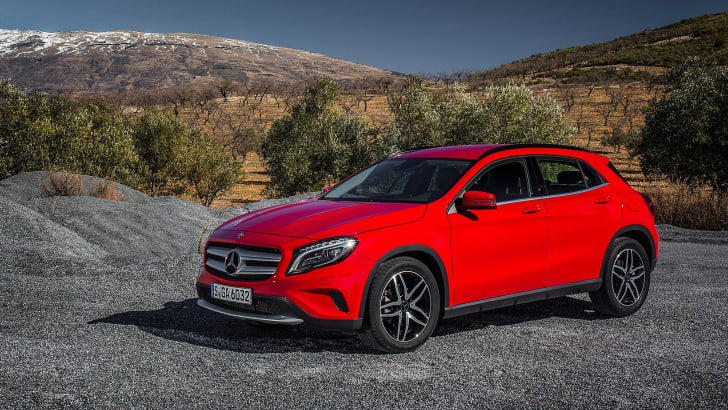 2016-mercedes-benz-gla180-2
