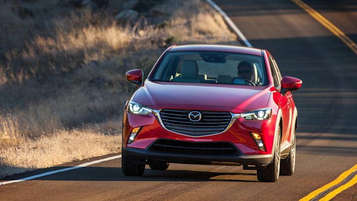 2015-Mazda-CX3-16