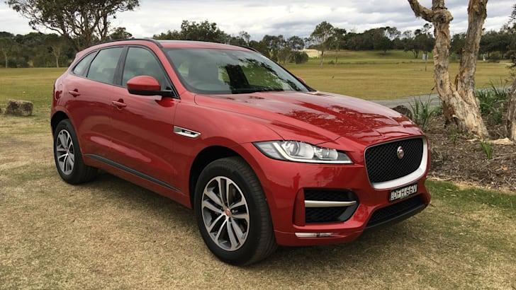 2017-Jaguar-F-Pace-Review- - 33
