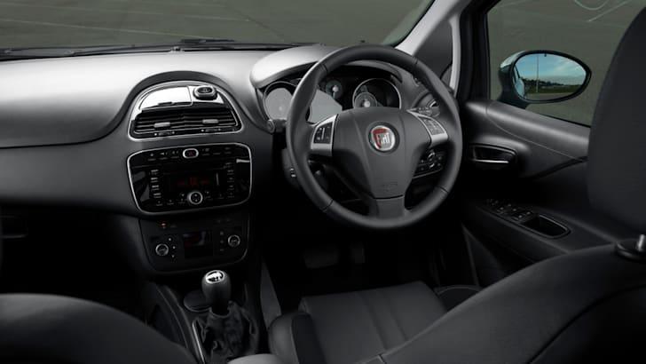 2014-Fiat-Punto-Review-41