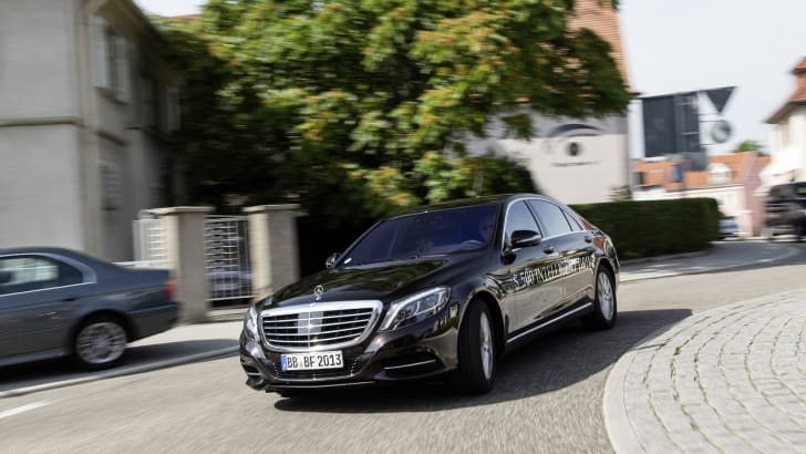 Mercedes-Benz S500 Intelligent Drive 1