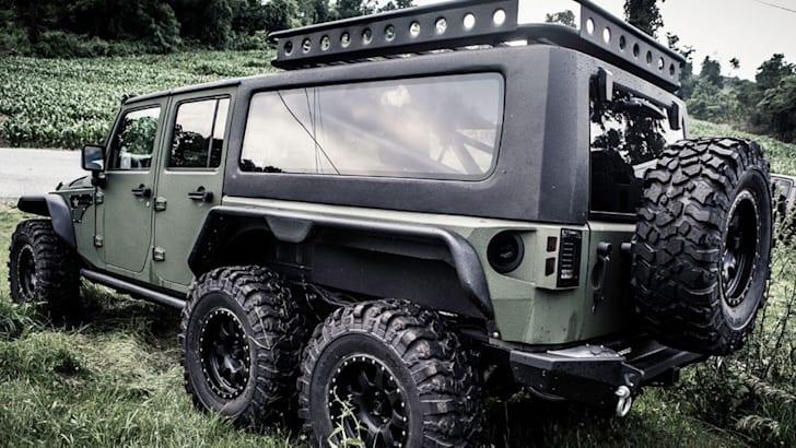 g-patton-tomahawk-jeep-wrangler-rear