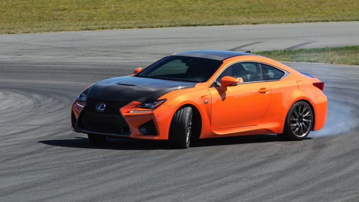2015-Lexus-RCF-Review-90