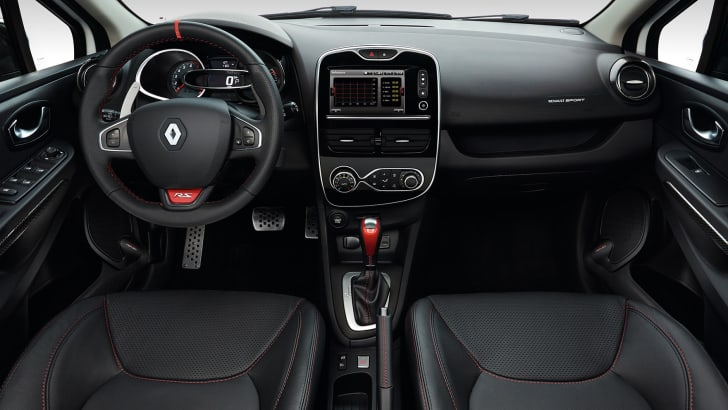 renault-clio-rs220-trophy-interior