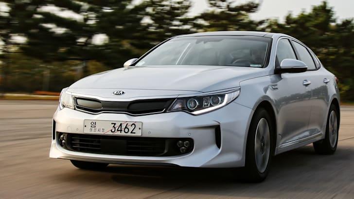 kia-optima-hybrid-front