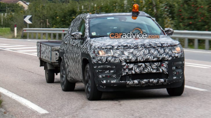 2017_jeep_compass_spy-photos_01
