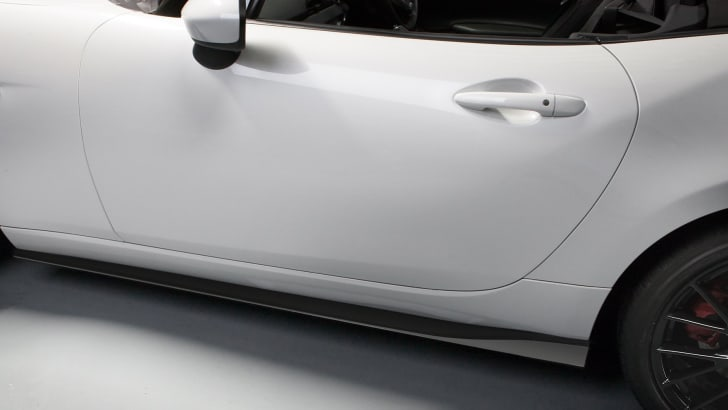 mazda-mx-5-accessories-sill
