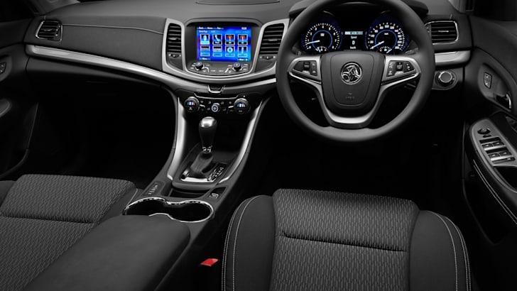 Holden VF Commodore Evoke interior