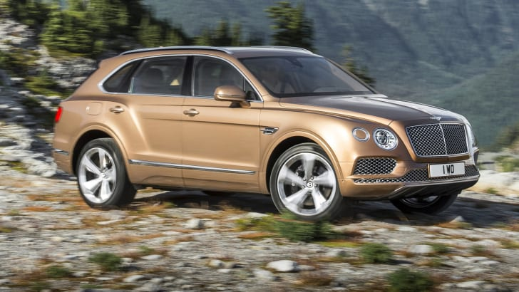 2016_bentley_bentayga_official_04