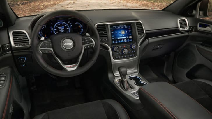 jeep-grand-cherokee-trailhawk-leak-interior
