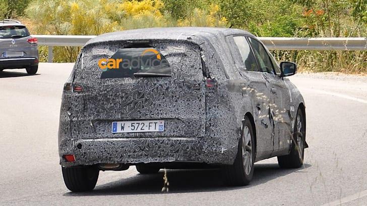 2015-Renault-Espace-6
