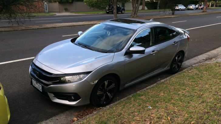 2017-honda-civic-spotted-1