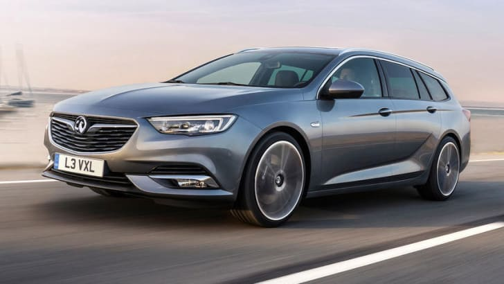 2018_holden_commodore_sportwagon_opel-insignia-sports-tourer_small_03