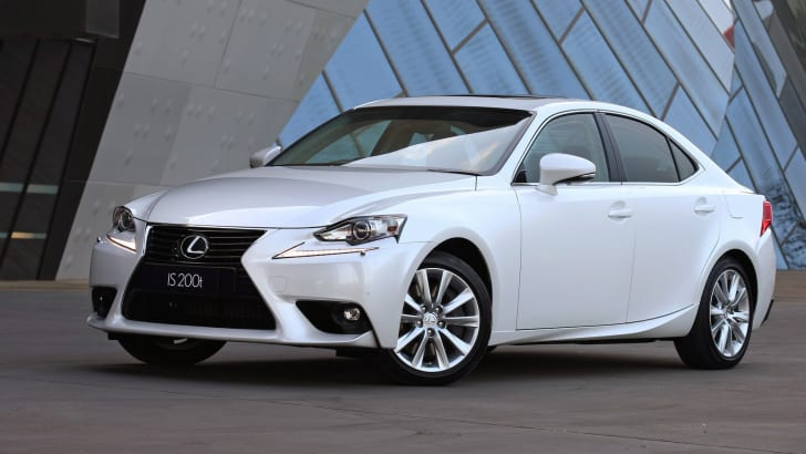 2015 Lexus IS 200t Luxury