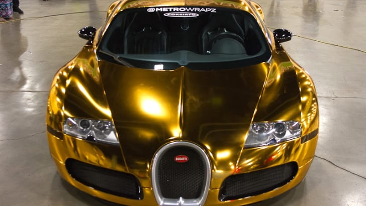 Gold-wrapped Bugatti Veyron - 4
