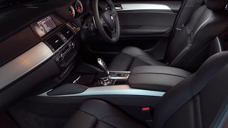 BMW X6 M int