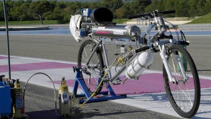 rocket-bike-francoise-gissy