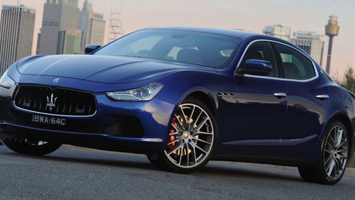 2014-Maserati-Ghibli-1