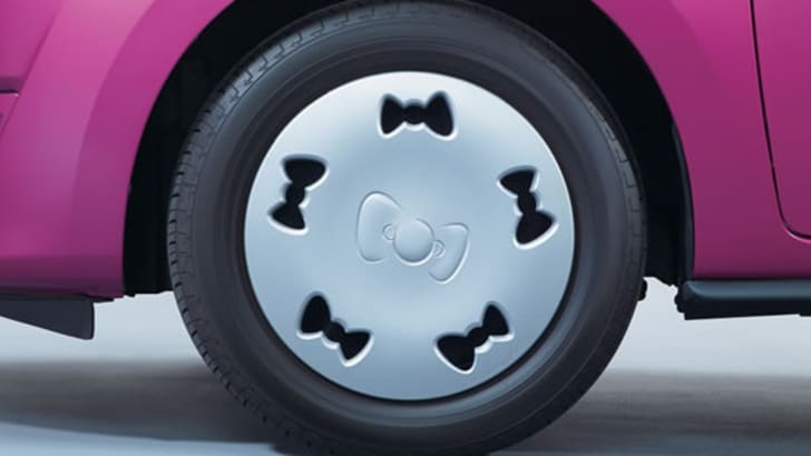 Mitsubishi Mirage Hello Kitty Edition - 2