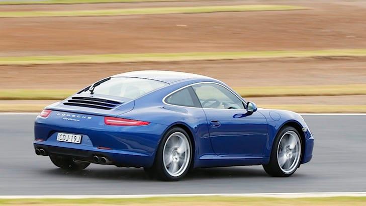 Porsche-911-2