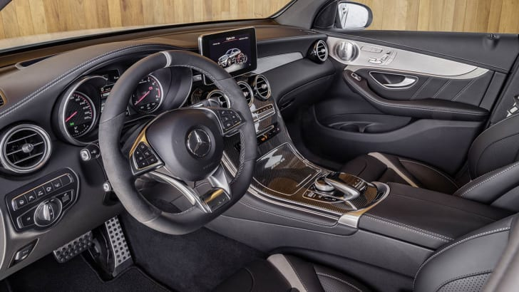 Mercedes-AMG GLC 63 S 4MATIC+ Coupé, Interieur: Leder Nappa Schwarz ;Kraftstoffverbrauch kombiniert: 10,7 l/100 km; CO2-Emissionen kombiniert: 244 g/km Mercedes-AMG GLC 63 S 4MATIC+, interior: leather Nappa black ; Fuel consumption combined: 10.7 l/100 km; combined CO2 emissions: 244 g/km