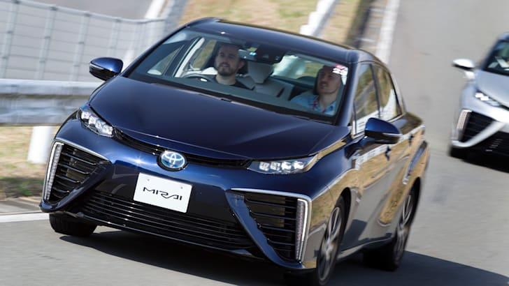 Toyota Mirai Japan_2