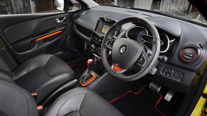Renault Clio RS - Interior