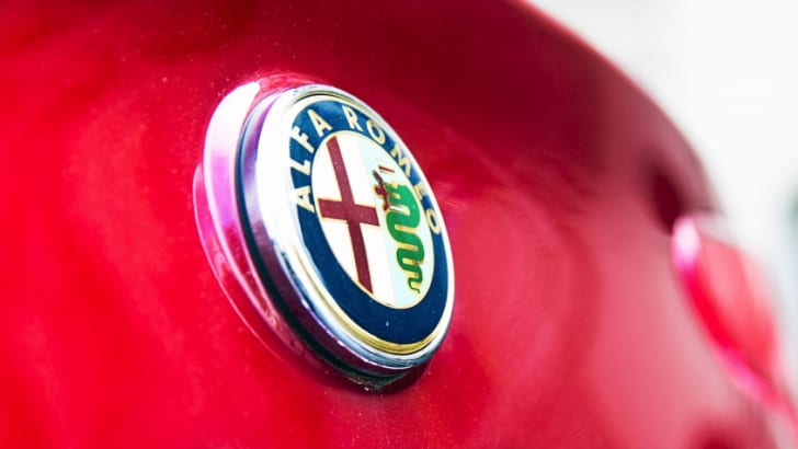Alfa-Romeo-Badge