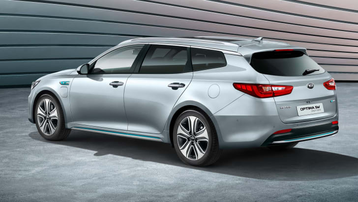 Optima Sportswagon Plug-in Hybrid  debuts at the 2017 Geneva Mot