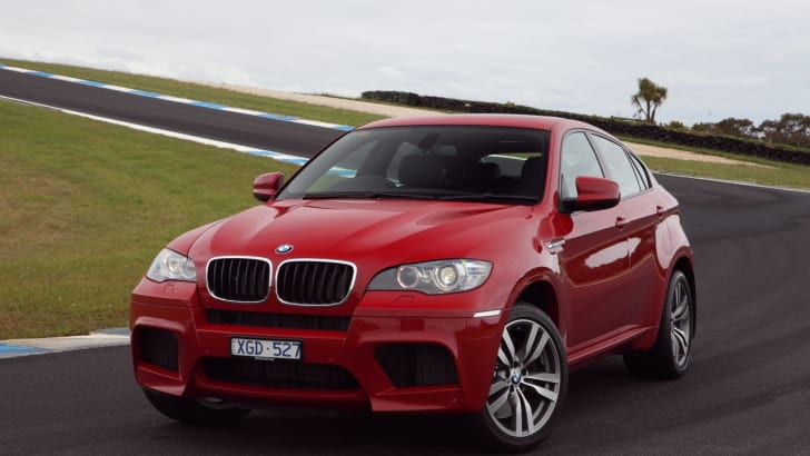BMW X6 M on track 3 still