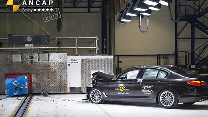2017-bmw-5-series-520d-ancap-photo-w-logo-bmw-5-series-2017-onwards-frontal-offset-b