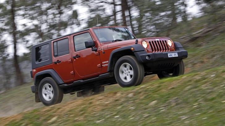 2009_Jeep_Wrangler_002