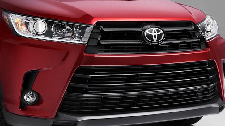 toyota-kluger-facelift-grille