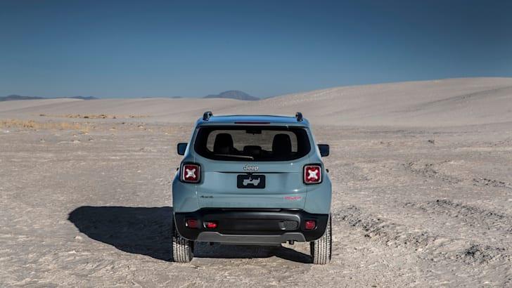 2015-Jeep-Renegade-2