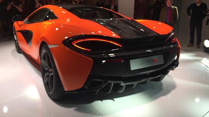 2015-McLaren-570S-2