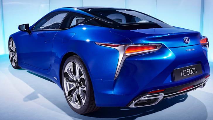 lexus-lc500h-rear