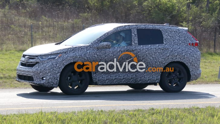 2018_honda_cr-v_spy-photos_03