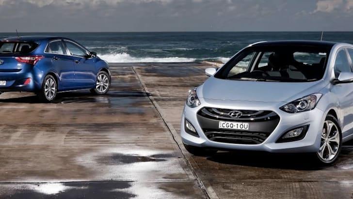 Hyundai i30 - Front and Back