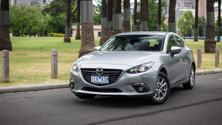 2015-ford-focus-v-mazda3-hatch-comparison-44